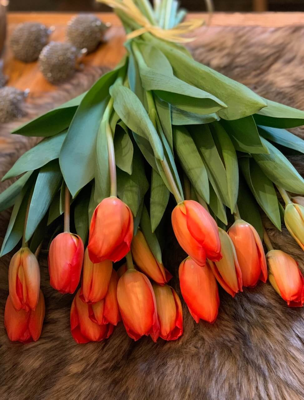 esküvői virágdekoráció tulipán
