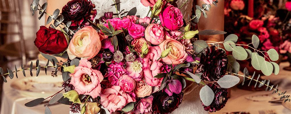 pink esküvői csokor