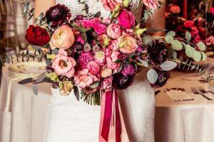 pink-menyasszonyi-csokor